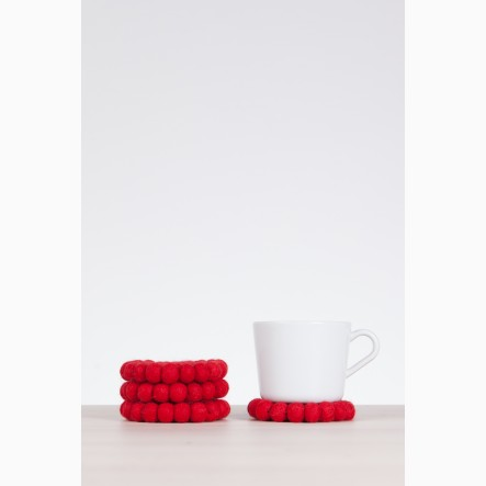 myfelt Glass Coaster, round, made of red felt balls, Ø 9 cm